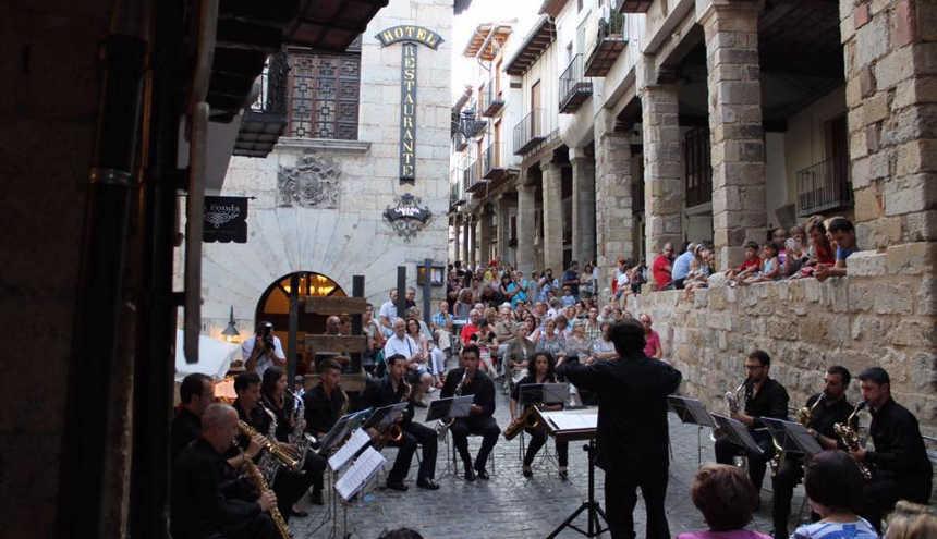Toda la Música | 27 sociedades musicales valencianas, de Europa y América, participan en el CIBM Ciudad de València 2017