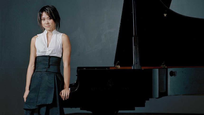 Toda la Música | La pianista Yuja Wang, de gira junto a la Chamber Orchestra of Europe, ofrece un concierto en Baluarte