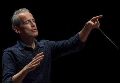 Toda la Música | El violonchelista británico Steven Isserlis, tocará con la Real Filharmonía de Galicia