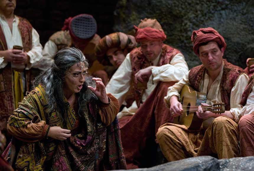Toda la Música | La ópera El Trovador con más de cien artistas entre solistas, coro y orquesta, en gira