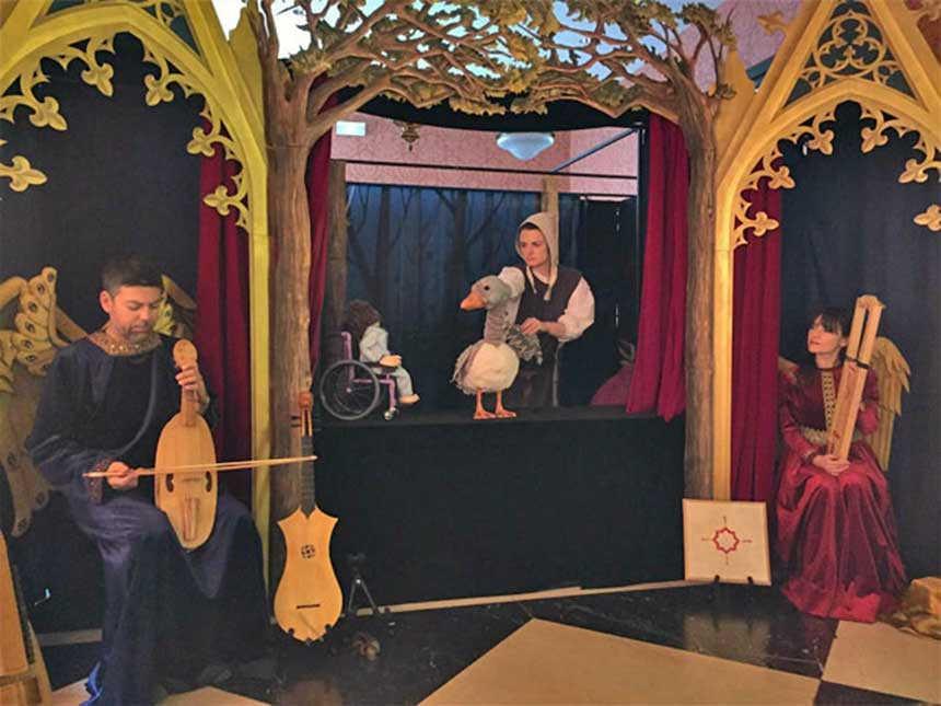 Toda la Música | Teatro de la Zarzuela presenta 'Perdida en el Bosco', un mágico sueño de marionetas y música en vivo