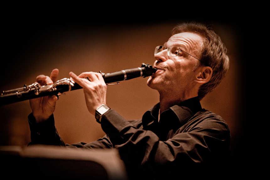 Toda la Música | Dvořák, Draskoczy, Brahms, R. Strauss, Abreu Lima, Borodin... con la Orquesta Sinfónica de Tenerife
