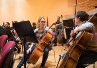 Toda la Música | Jóvenes estudiantes se acercan al ensayo para el Concierto de Entre Cuerdas y Metales
