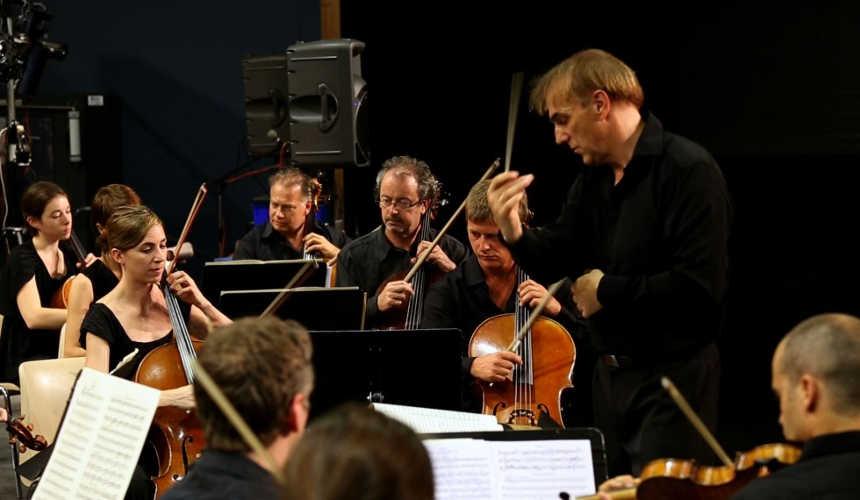 Toda la Música | Ensemble Orchestral Contemporain de Lyon en Auditorio 400 del Reina Sofía