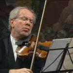 Toda la Música | El violinista Nemanja Radulovic junto a la Orquesta de València en el Palau