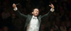 Toda la Música | La Orquesta de València y Raúl Junquera interpretan el concierto para trompeta de Hummel