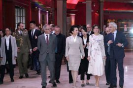 Toda la Música | Su Majestad la Reina Letizia y la Primera Dama de la República Popular China, Peng Liyan, visitan el Teatro Real