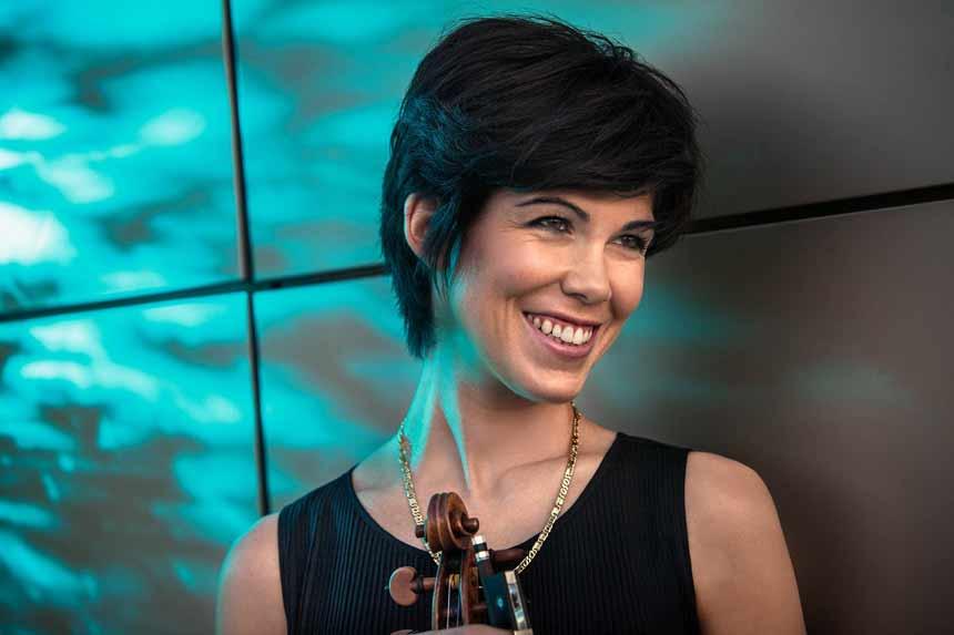 Toda la Música | La Real Filharmonía de Galicia tiene como invitada esta semana a la la reconocida viola Isabel Villanueva