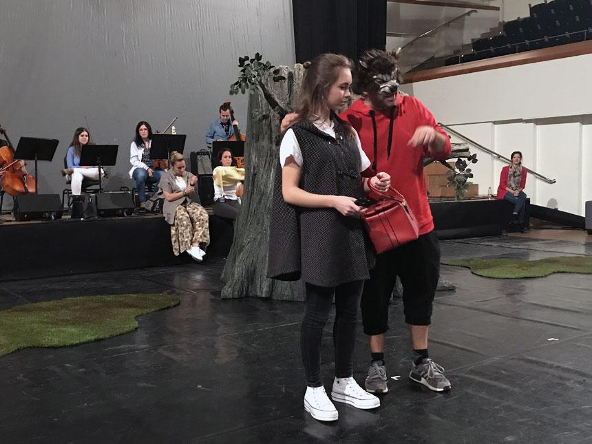 Toda la Música | El Palau de la Música ofrece este fin de semana el divertido musical Caperucita roja