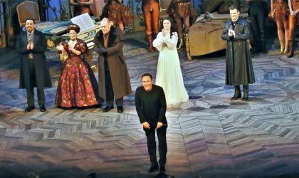 Toda la Música | El maestro Karel Mark Chichon Chichon lleva el nombre de la OFGC al Met de Nueva York