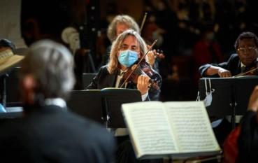 Un emocionante Requiem de Mozart en la Catedral para inaugurar el Festival de Granada