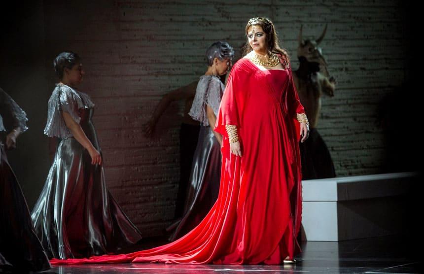 Toda la Música | Daniela Barcellona, la mezzosoprano italiana, regresa al Teatro Real como Ulrica en Un ballo in maschera