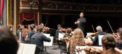Toda la Música | Euskadiko Orkestra interpreta la 'Sexta' de Bruckner bajo la batuta de Robert Treviño