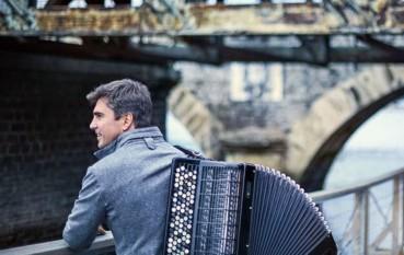 El acordeonista Iñaki Alberdi protagoniza el segundo concierto del ciclo Viaje de invierno