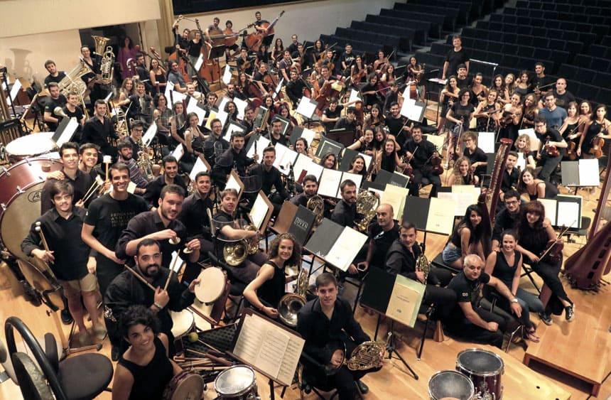 Toda la Música | La Orquesta Joven de Andalucía rendirá un homenaje a Astor Piazzolla en el teatro Villamarta