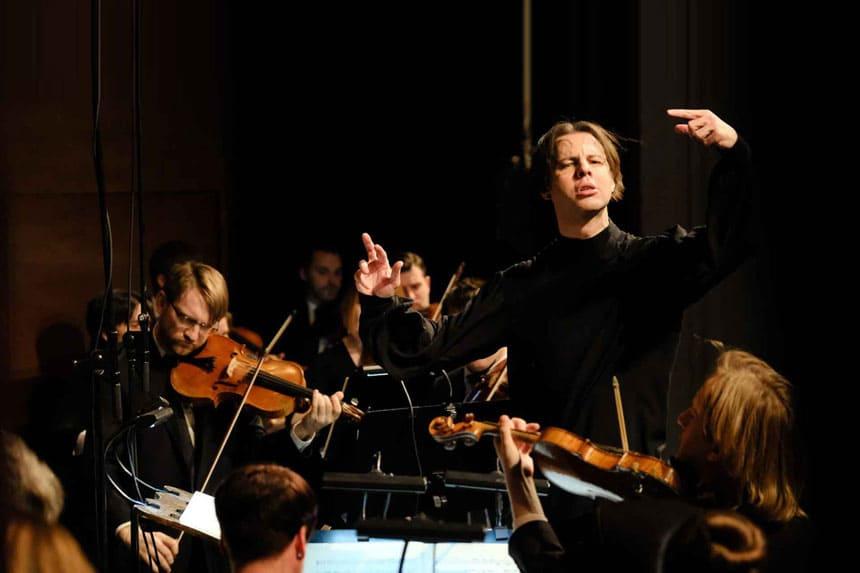 Toda la Música | Teodor Currentzis y musicaAeterna vuelven a Ibermúsica con Mozart